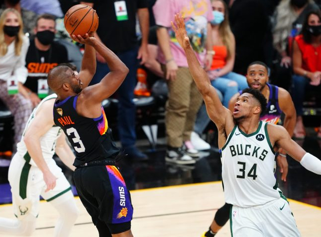 Phoenix Suns at Milwaukee Bucks Game 4 Betting Preview/Player Prop